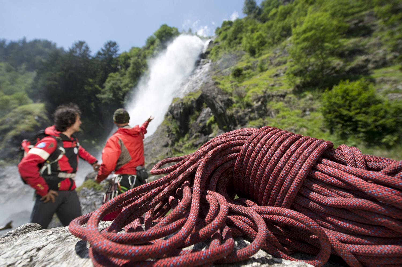 Wasserfall und Klettern